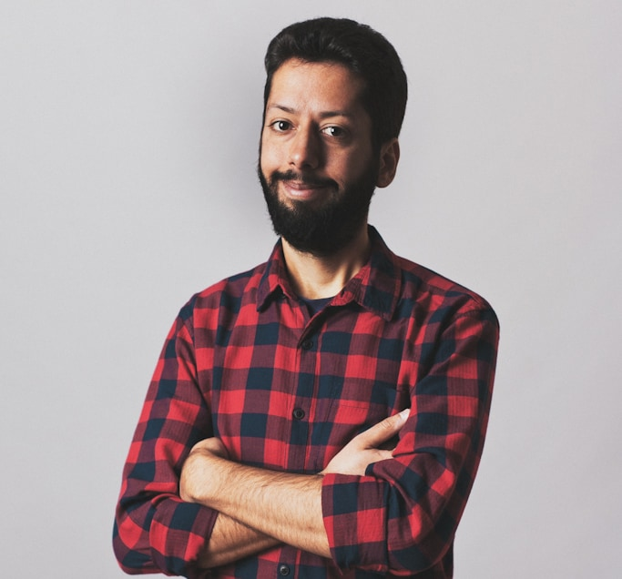 Javier Cuello, Mobile UX and User Interface Designer, Author, Nomad and world traveller